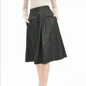 New banana republic GENUINE LEATHER a-line skirt
